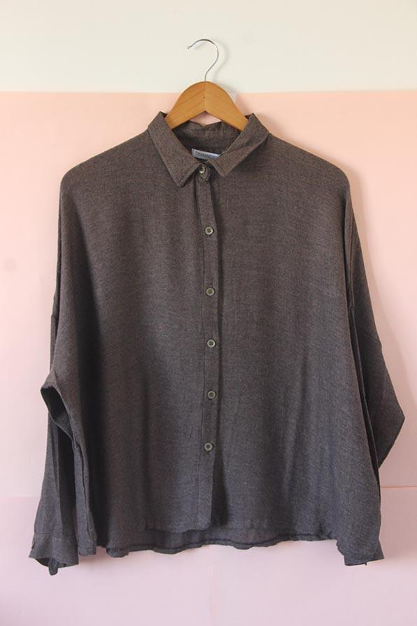 Camisa super ancha de lanilla y viscoza chocolate