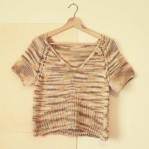 Remera de algodón tejida a mano